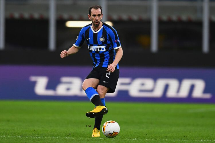 Pesepakbola Inter Milan Yang Balik Kampung Setelah Aturan Lockdown Keluar